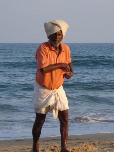Рыбак из Махабалипурама (Индия).